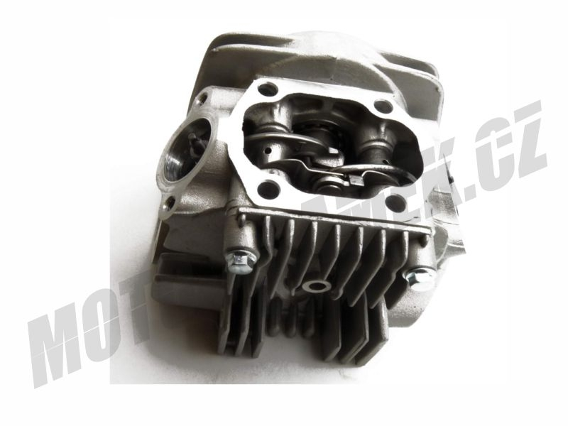 Hlava motoru LIFAN 125 komplet