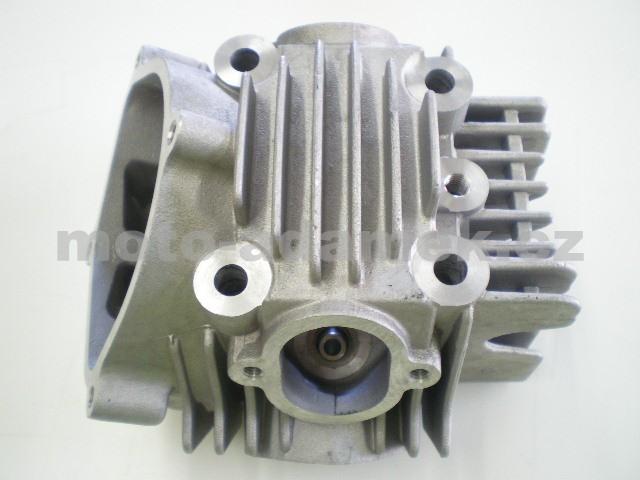 Hlava motoru YX 160